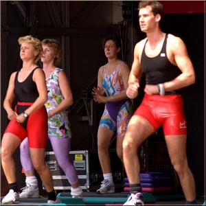 Low impact aerobic lia gym danse loisrs cherrueix